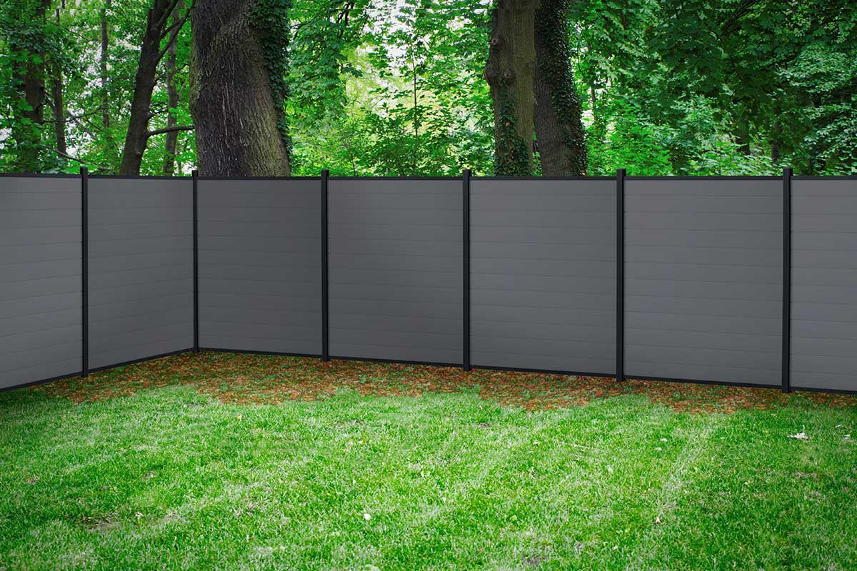 Latest Composite Fencing